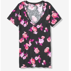 Pink floral V neck  short sleeve tee